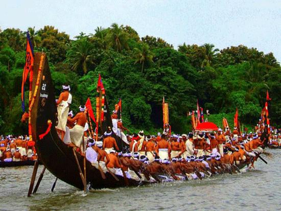 Aranmula Vallamkali Boat Race