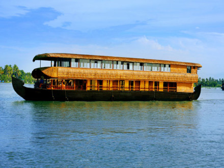 5 bedroom houseboat Alleppey Kumarakom